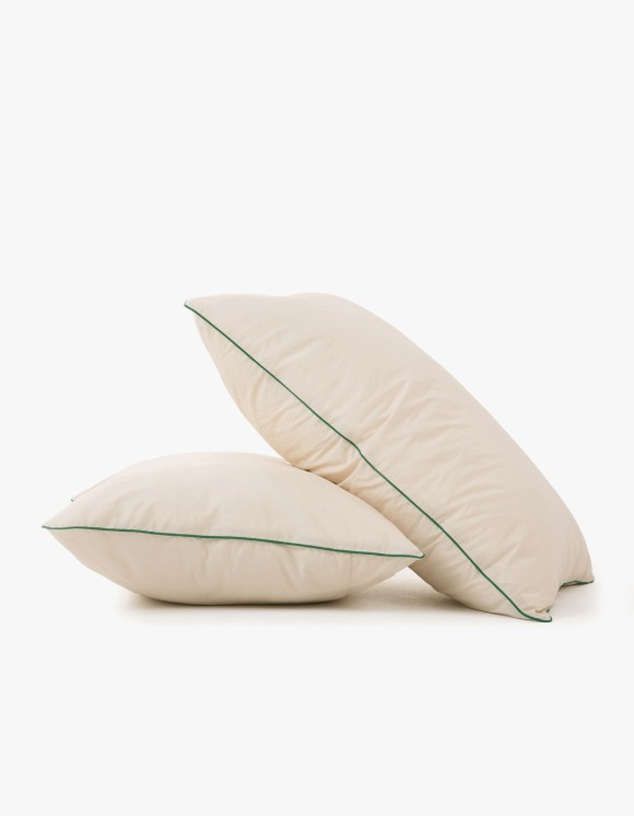 GATA Cicci Pillow Case - Ivory/Green | HEIGHTS. | 하이츠 온라인 스토어