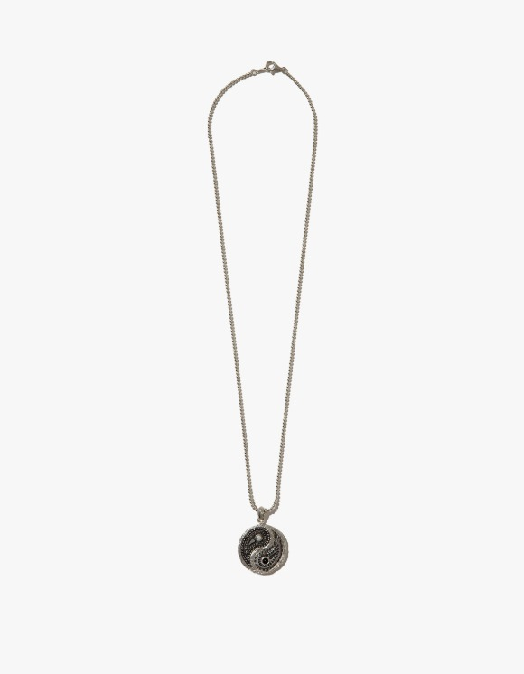 Kruchi lab Yin and Yang Necklace - Silver | HEIGHTS. | 하이츠 온라인 스토어