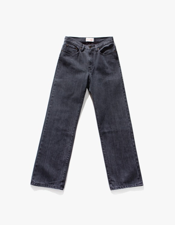 Victoria Hong Kong Straight Leg Denim - Washed Black | HEIGHTS. | 하이츠 온라인 스토어