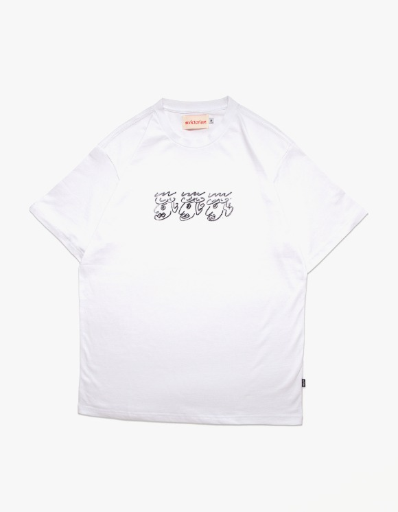 Victoria Hong Kong Chalk QH S/S Tee - White | HEIGHTS. | 하이츠 온라인 스토어