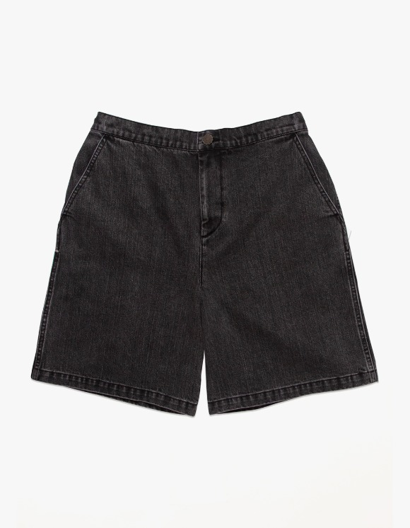 Victoria Hong Kong Denim Shorts - Washed Black | HEIGHTS. | 하이츠 온라인 스토어