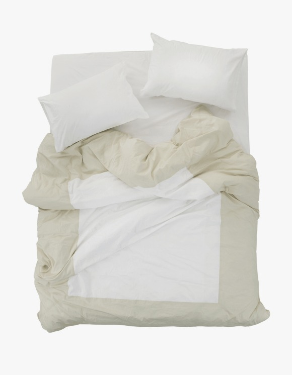 GATA Island Duvet Cover - Ivory/White | HEIGHTS. | 하이츠 온라인 스토어