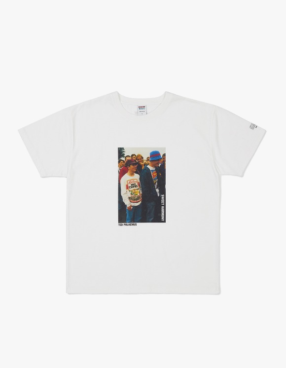 Know Wave [5월 21일 예약발송] Sweet Harmony x Knowwave S/S Tee Ted Polhemus - Off White | HEIGHTS. | 하이츠 온라인 스토어