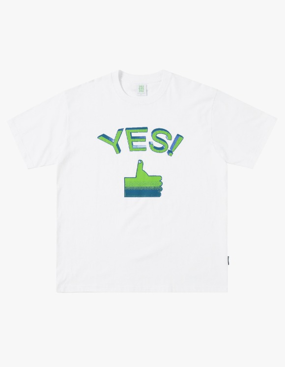 yeseyesee Tumbs up Tee - White | HEIGHTS. | 하이츠 온라인 스토어